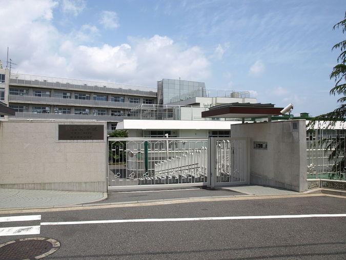 【帰国子女受験】総合学習を英語で学ぶ横浜女学院中学ってどんな学校?